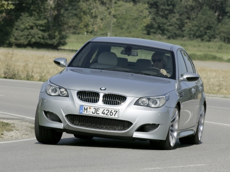 2005 BMW M5 Wallpapers 1600x1200