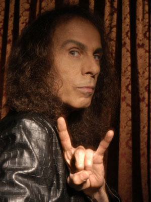 Умер Ronnie James Dio