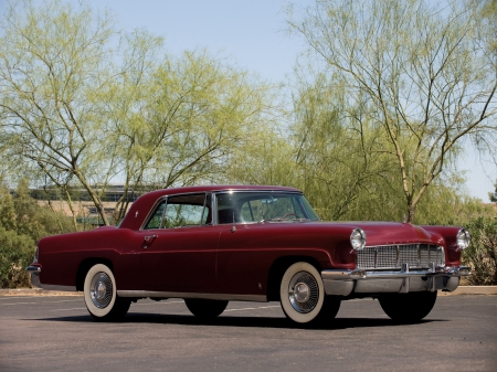Classical American cars. Lincoln