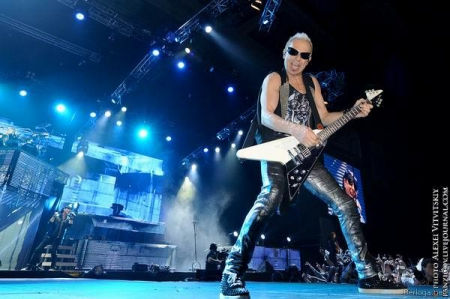 Scorpions - Live in Moscow 26.05.11 (Bootleg)