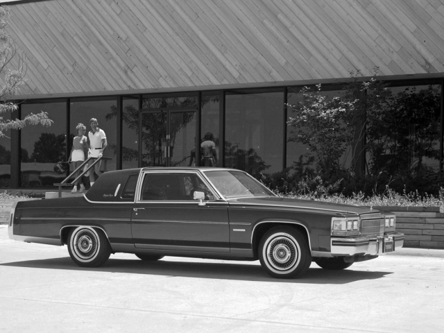 Cadillac Fleetwood Brougham Coupe '81