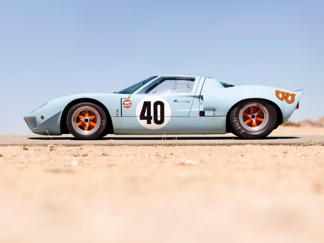 Ford GT40 (������� ��������)
