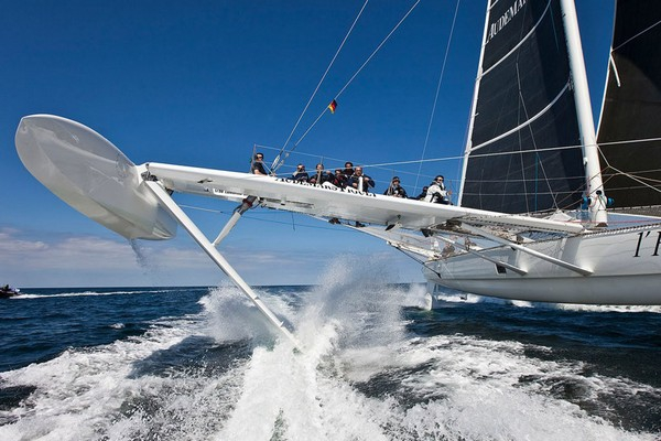 Hydroptere � ����� ������� �������� � ����