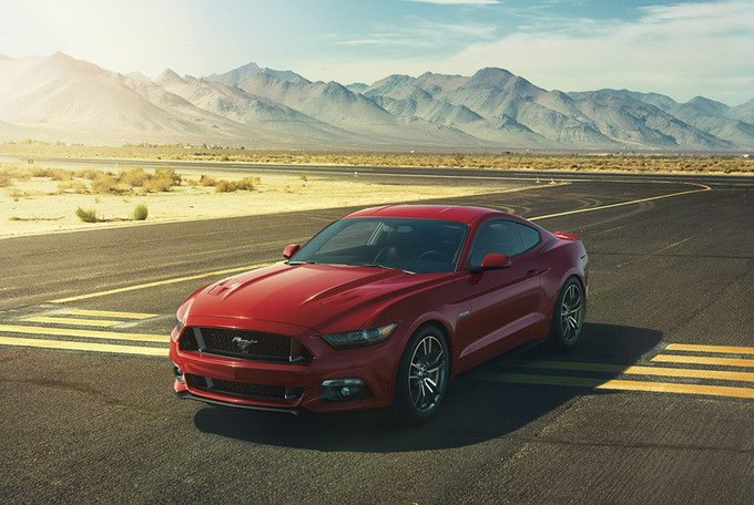 Ford ���������� ����� Mustang ������� ���������